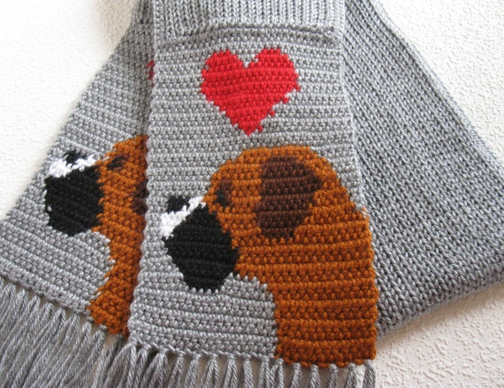 Knitting Pattern For Elephant Boxer Shorts : Gray Boxer scarf. Grey crochet scarf with boxer dogs and red