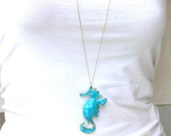 Sea horse jewelry. Seahorse pendant. Sea horse necklace. Beach jewerly. Sea life jewelry.