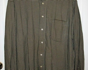SALE 70% Off Vintage Men's Olive Green Plaid Shirt by Eddie Bauer Extra Large Now 1.80 USD