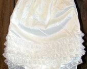 VINTAGE High Waisted White RUFFLED PANTIES