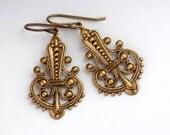 Antique Brass Nickel Free Earrings - Victorian Earring - Brass Filigree Jewelry - Victorian Jewelry Drop -Victorian Dangle Earring (Tiffany)