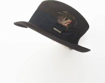 Vintage Stetson Fedora The Sovereign Luxuro finish Feathers and Stetson Pin 1980s