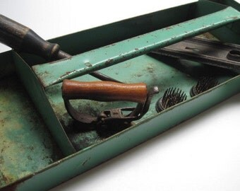 Vintage Rustic Industrial Chippy Green Tool or Garden Tray