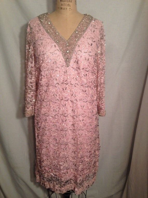 Vintage De Paul New York Pink Lace Beaded and Sequin Dress d28