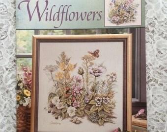 CCS - LEISURE ARTS #3545 - Wildflower Counted Cross Stitch Pattern Chart