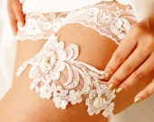 Bridal Garter Wedding Garter - Floral Beaded Ivory Lace Garter - Keepsake Garter - Vintage Inspired Bridal