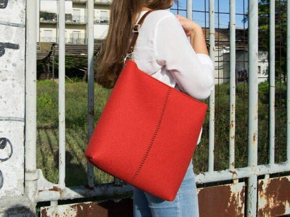 40% OFF - Large felt SHOULDER BAG with leather strap / orange bag / tote bag / felt tote / wool felt / made in Italy