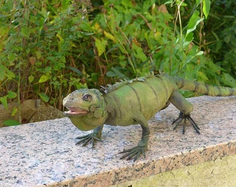 Iguana lizard sew your own ebook with 107 pages and pattern PDF by Furry Critters