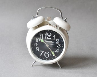 GDR alarm clock, German clock, East German alarm clock, Ruhla clock Ref: 226