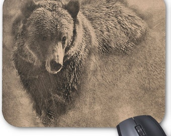 Wonderful Custom Mouse Pad Featuring a Grizzly Bear Illustration