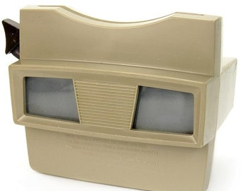 Vintage 1960's Viewmaster Model G Viewer with Card Reel