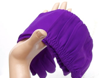 Vintage 60s Purple Aster Shirred Nylon Gloves . Fownes Embraceable . unworn with original tag and inserts
