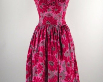 Stunning Pink Floral Cotton 1950s Dress
