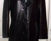 Vintage Ladies Leather Coat - Couture by J. Park - Lambskin - Size L - Inside/Outside Pockets