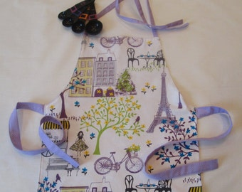 Toddler Apron | Preschool Apron | Fits 2T-6 | Paris Apron | Eiffel Tower Apron | Kitchen Helper Apron | Reversible Handmade Apron