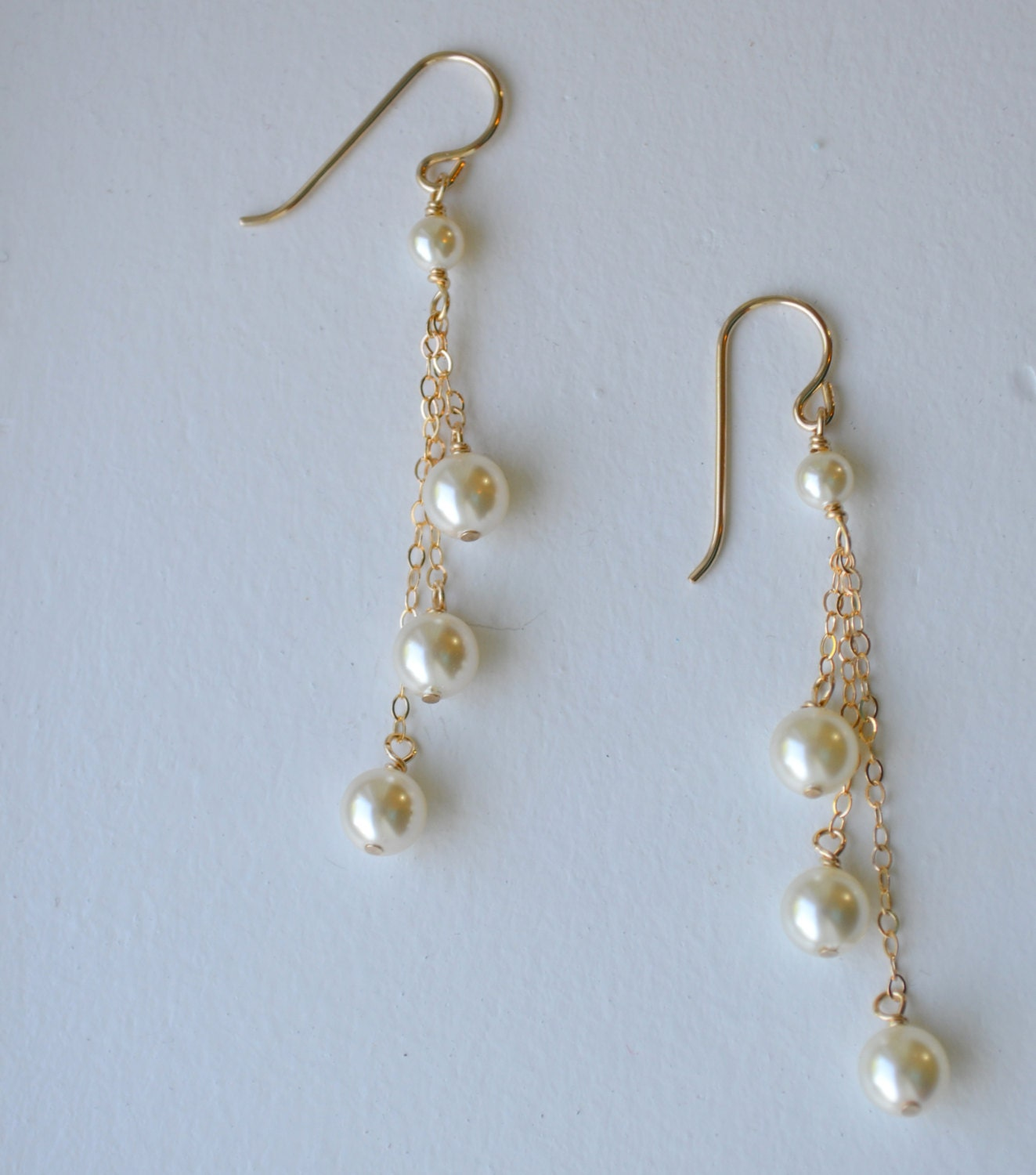 14k gold three pearl drop earrings pearl dangle wedding. Black Bedroom Furniture Sets. Home Design Ideas