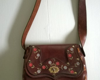 Vintage Floral Cowgirl Tooled & Painted Leather Purse --- 1970's Boho Hippie Chic Travel Bag --- Globe Trotter Companion Shoulder Handbag