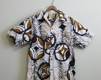 Authentic Hawaiian Shirt Tiki Barkcloth Polynesian Bazaar Medium Large