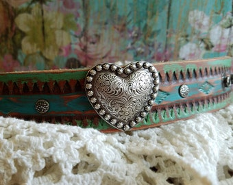 Silver HeArT Cuff Bracelet on Turquoise Blue Leather> Heart Jewelry/ Hand Painted/ Distressed/ Country Chic/ Rustic Style/ Boho Love