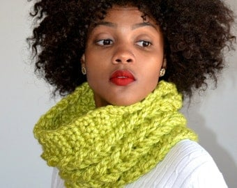Green Faux Cable Cowl/ Double Cable Cowl/ Monterey Lime Winter Cowl/ Christmas Gift/ Gift idea/ Cowl Scarf/ Monterrey Lime Green Cowl