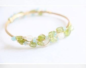 Peridot bracelet wire wrapped bracelet raw crystal bracelet raw quartz bracelet raw crystal cuff gemstone bracelet raw crystal bangle