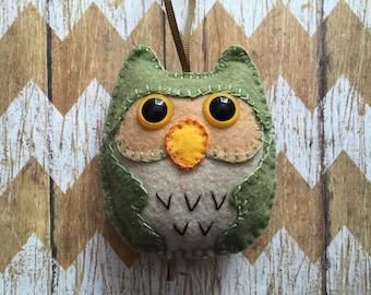 Felt Owl Christmas Ornament, Owl Ornament, Felt Owl Decoration, Soft Owl Ornament, Woodland Owl Ornament - Violet Bows