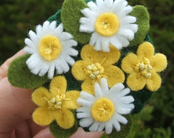Buttercup and Daisy Brooch, Hand Embroidered, Yellow and White Felt Flowers Pin, Flower Brooch