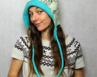 Felted Hat - Warm Winter Hat Made of Merino Wool - Designer Hat with Holes - White Turquoise