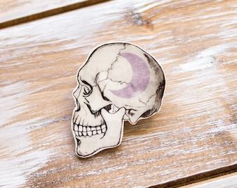 Crescent Moon Skull Brooch