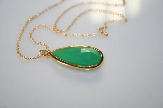 Emerald green necklace, teardrop pendant necklace, faceted teardrop emerald green silver 925 necklace, Gemstone necklace, emerald pendant