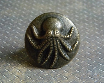 Octopus drawer knob etsy for Nautical bureau knobs