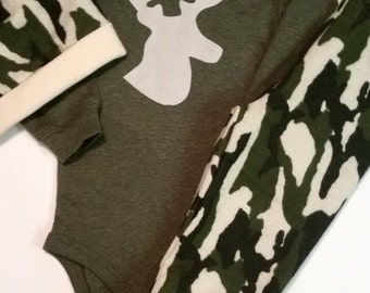 Camo Baby Boy Oufit, Antler, Deer, Elk Antlers, Baby Boy Pant Set, Take Home Outfit, Baby Boy Hunting Outfit, Little Hunter, Daddys Boy