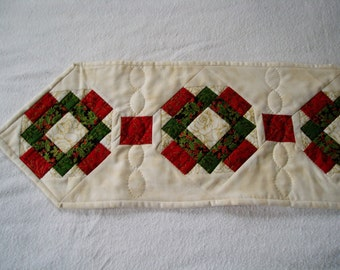 Holiday fabric table runner Hand Quilted