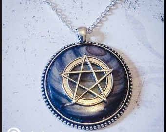 Pentagram on Mother of Pearl Medallion Style Pendant