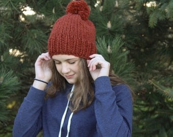 Chunky Knit Hat / Ribbed Knit Toque Beanie Hat / Pompom Hat //THE LIZANNE// Custom Colors