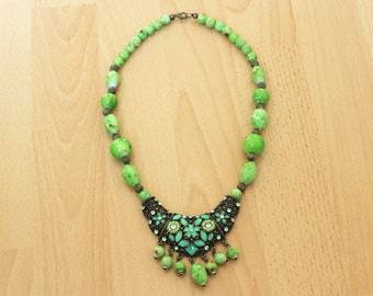 Vintage Old Necklace, Boho Necklace, Beaded Necklace, Green Necklace
