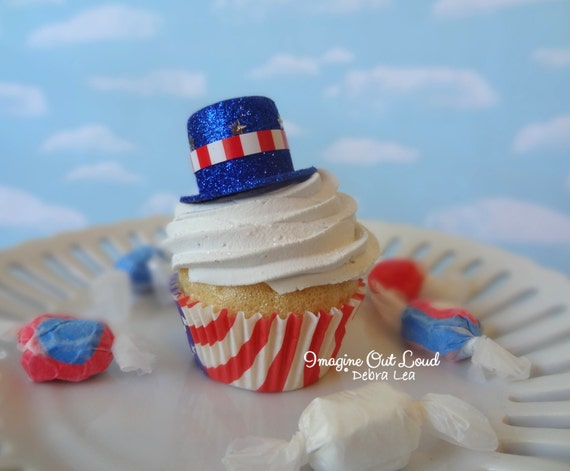 Fake Cupcake Red White and Blue USA Uncle Sam Hat