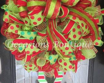 Christmas Wreath, Christmas Elf Wreath, Holiday Wreath, Christmas decoration, Door Hanger, Outdoor Wreath, Large Wreath