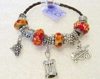 1323 - NEW - Wine Lover Bracelet