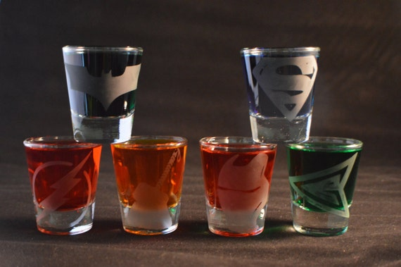 Super heroes etched shot glass set of 6 fan art