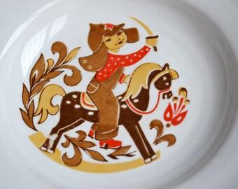 Vintage Porcelain Plate, Communist Memorabilia, Soviet Russia Crockery, Retro Kitchen Decor, Collectible Porcelain Decor, Vintage Chinaware