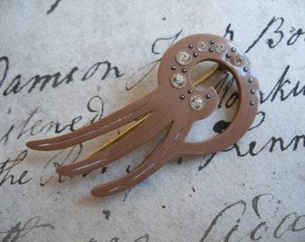Art deco hat flash pin, plastic & paste, 1920s - 1930s celluloid, light brown