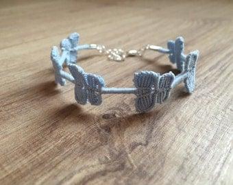 Light blue butterflies bracelet, macrame bracelet, friendship bracelet, size adjustable, Cruciani bracelet