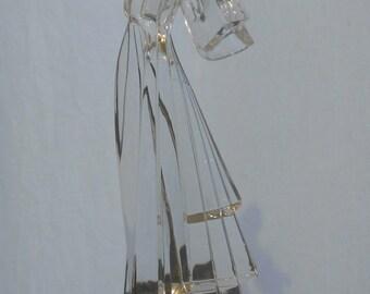 Violinist figurine