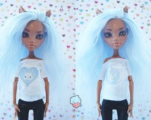 Monster! 8 styles! Handmade! Doll clothes — White T-shirt with a color pattern for dolls.