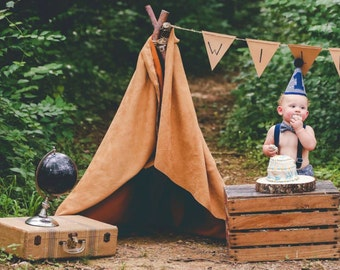 Boy Cake Smash Outfit, Gray with Arrows Smash Outfit, Cake Smash Outfit, Boys 1st Birthday, Birthday Outfit, Boys Birthday, Photo Prop