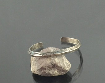 Petite Cuff Bracelet with Abstract Sunburst Engravings