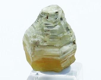 Weloganite crystal