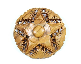 Vintage wooden star brooch, carved star pin, Sheriff's badge, Bethlehem pin, round star brooch, natural wood, rustic jewelry