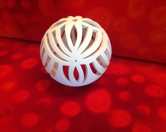 Fan lights ball made of white clay-the ideal gift for many occasions